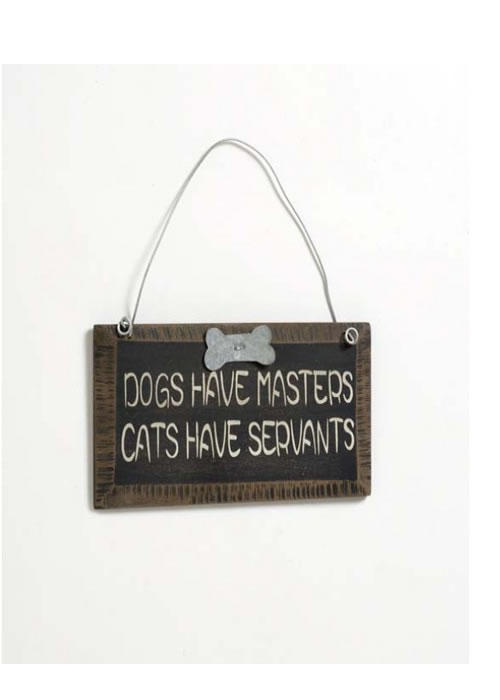 Cats Have Servants Dogs Have Masters