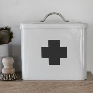 First-Aid-Box-FACH01