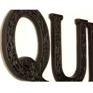 YF1045B-DETAIL Decorative Black Painted Metal QUEEN Wall Plaque Sign 5 Hooks