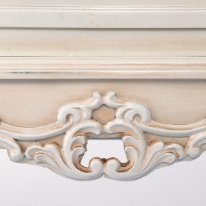 tfg012-aw-det_01 Antique White Ornate 3 Drawers Chest