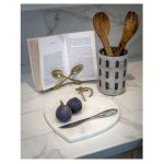 16SS19 Large Heart White Marble Chopping Board
