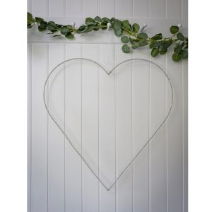 17AW08 Large White Hand Decorated Heart a
